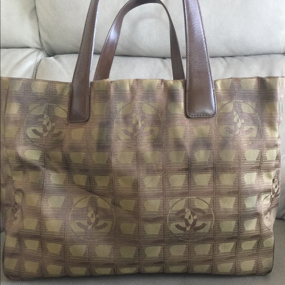 Chanel Handbags - Authentic Chanel Tote PreLoved  (selling it low)